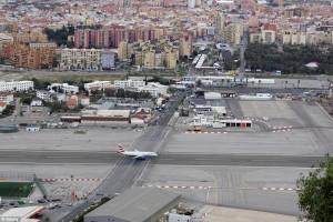Vliegveld Gibraltar start- en landingsbaan