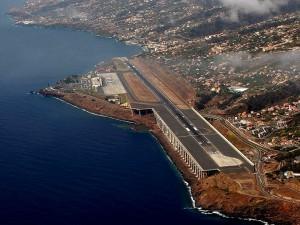 Vliegveld Madeira start- en landingsbaan