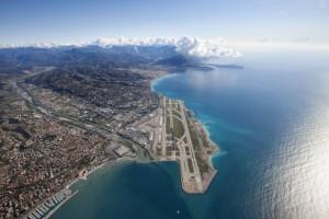 Vliegveld Nice start- en landingsbaan
