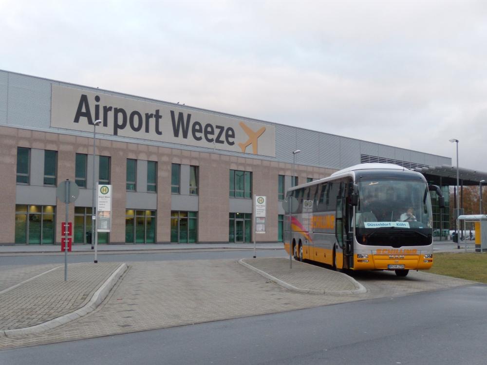 weeze airport bus nijmegen naar vliegveld shuttle. Black Bedroom Furniture Sets. Home Design Ideas